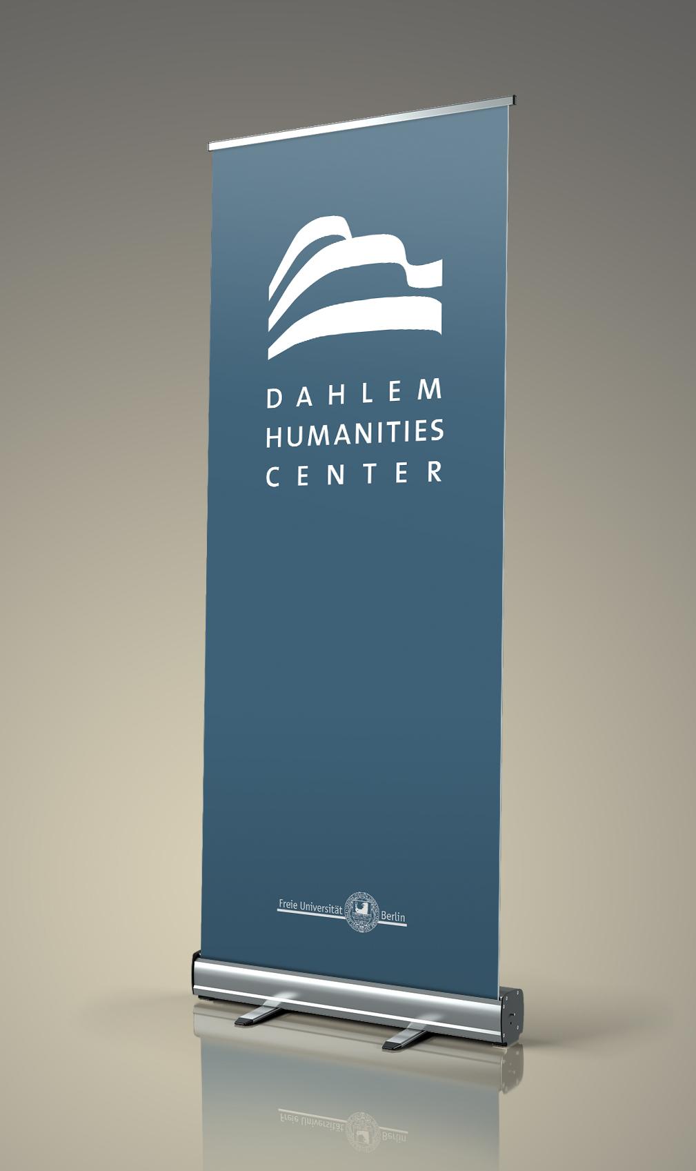 Neues Logo auf RollUp, Logo Re-Design für Dahlem Humanities Center, Freie Universität Berlin