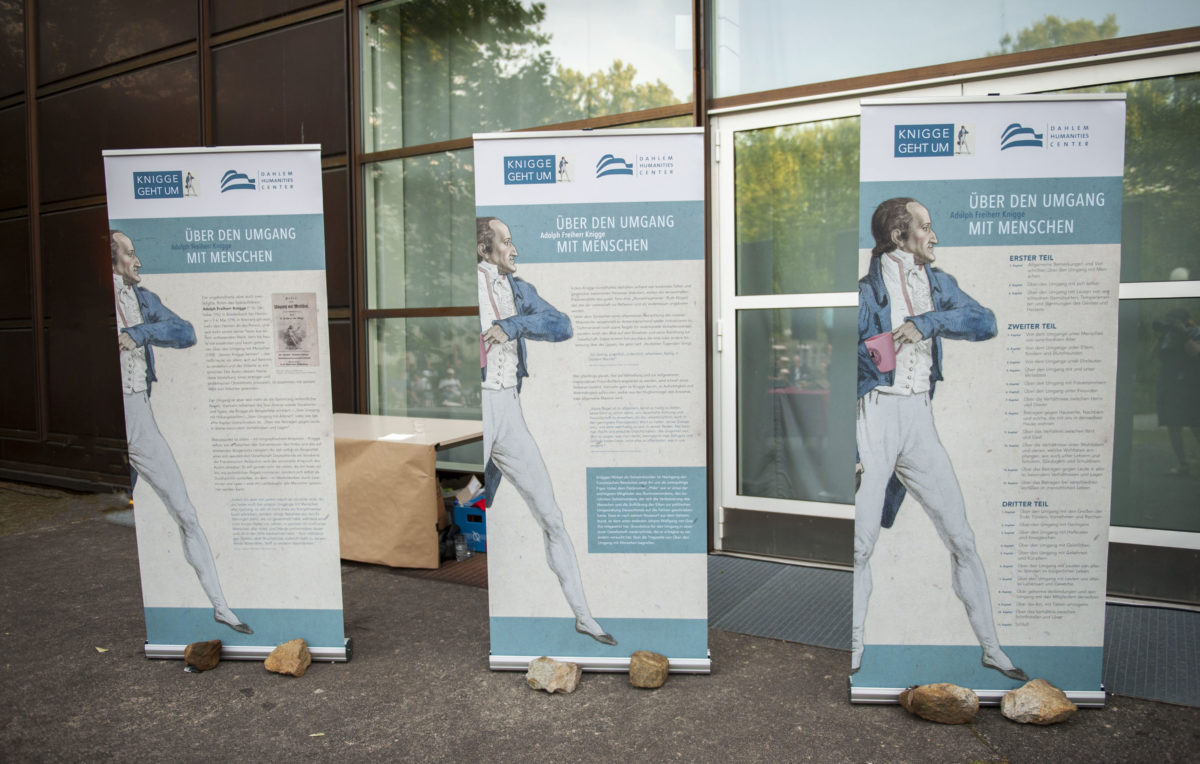 #Kniggegehtum, RollUps zur Langen Nacht der Wissenschaften 2019, Dahlem Humanities Center, Freie Universität Berlin