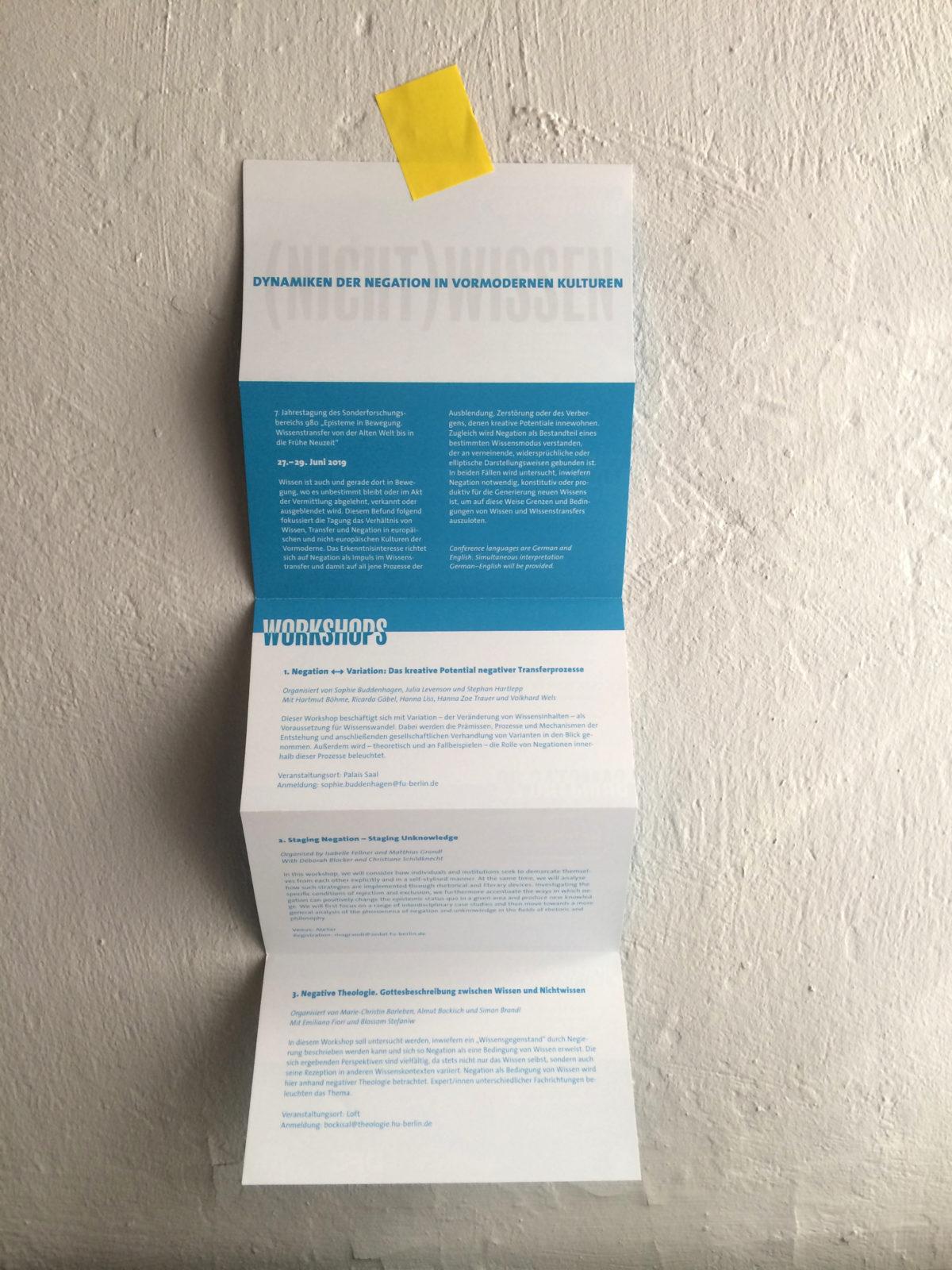 Design des Leitmotivs für die Jahrestagung des SFB 980 Episteme in Bewegung, Freie Universität Berlin, Programmfolder