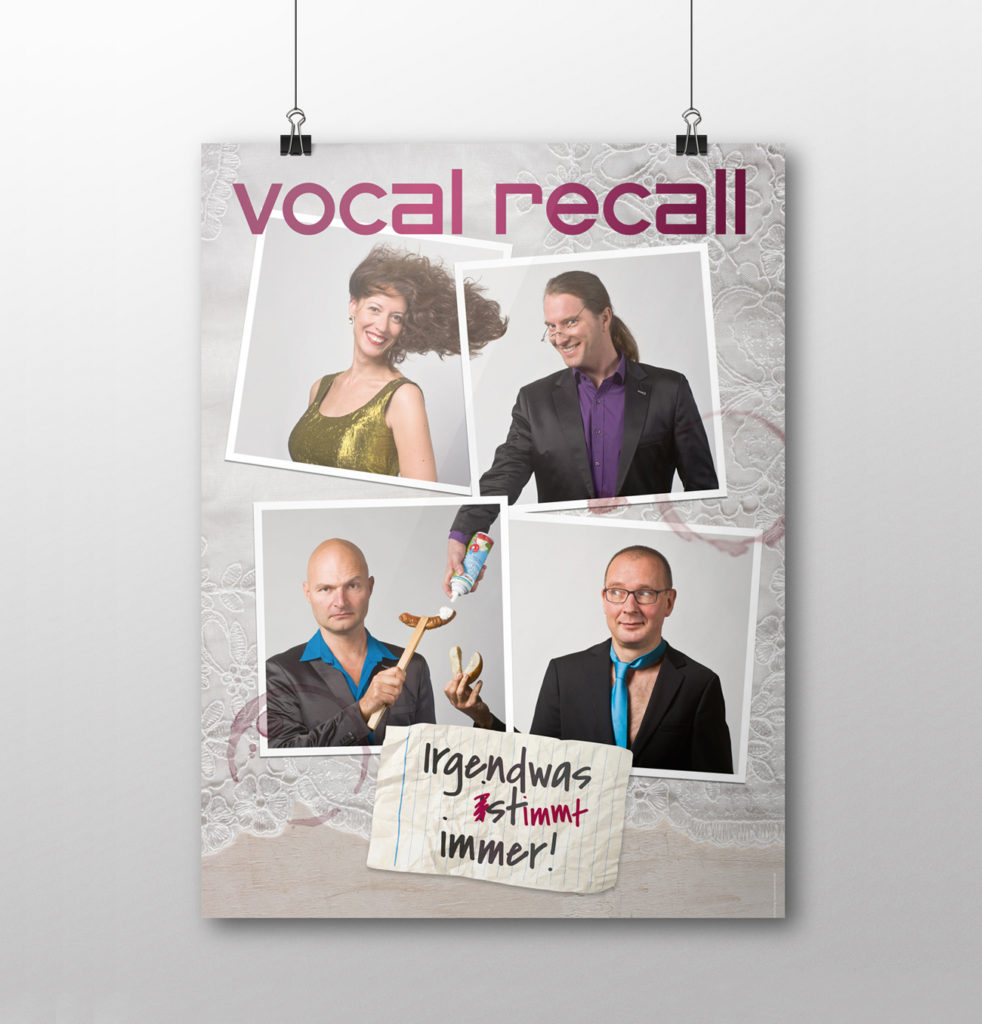 Plakat mit vier Sängern von Vocal Recall, Berliner Kabarett-Band